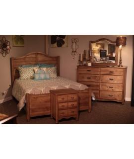 American Maple Queen Size Bedroom Set