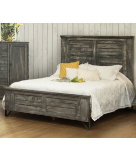 Woodlawn Meadows King Size Panel Bed