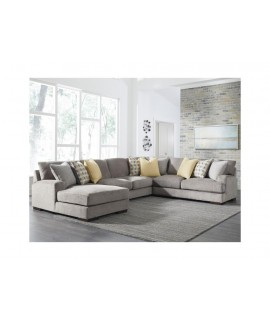 Roxalia 4pc. Sectional